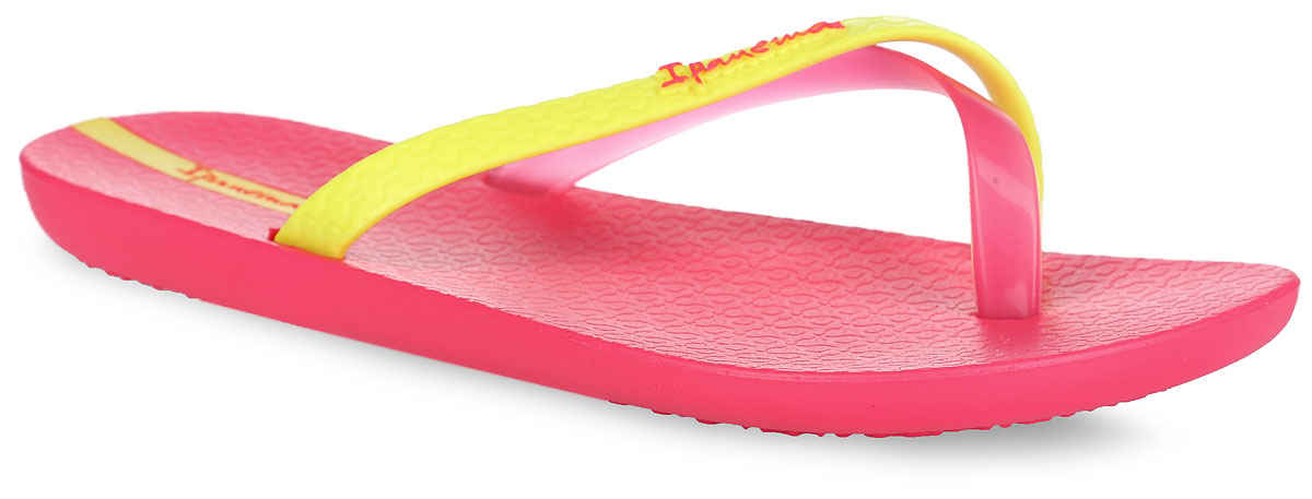 Сланцы женские Ipanema Mix Color, цвет: розовый, желтый. 81137-22107. Размер BRA 36 (37)81137-22107Стильные женские сланцы Mix Color от Ipanema очаруют вас с первого взгляда. Модель полностью выполнена из поливинилхлорида и оформлена на ремешке названием бренда. Пересекающиеся ремешки гарантируют надежную фиксацию модели на ноге. Рифление на верхней поверхности подошвы предотвращает выскальзывание ноги. Рельефное основание подошвы обеспечивает уверенное сцепление с любой поверхностью. Удобные сланцы прекрасно подойдут для похода в бассейн или на пляж.