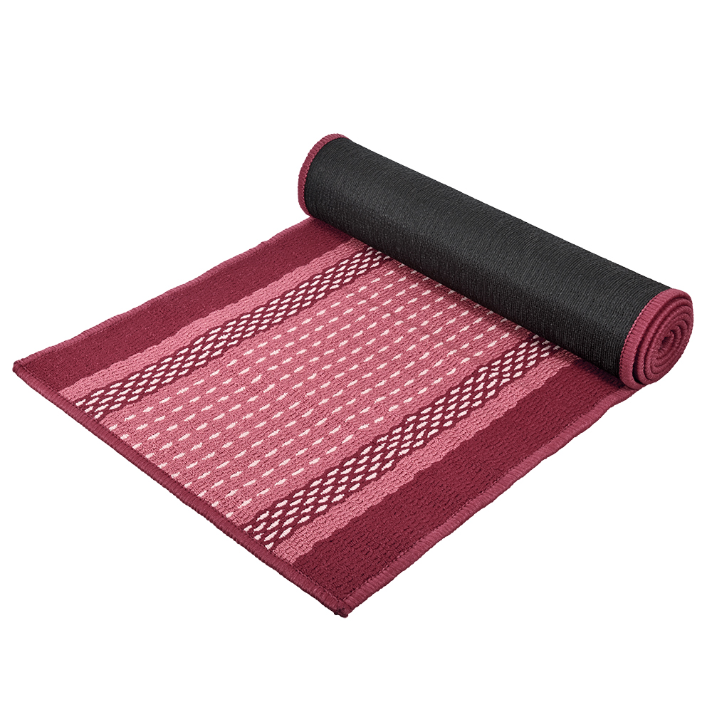 Коврик Vortex Madrid, цвет: темно-бордовый, 50 х 190 см22449Ворс коврика Vortex изготовлен из 100% полипропилена. Он оформлен ярким рисунком. Коврик оснащен выполненной из латекса подложкой, которая препятствует скольжению. Коврик Vortex гармонично впишется в интерьер вашего дома и создаст атмосферу уюта и комфорта. Изделие отлично подойдет как для использования в доме, так и снаружи.