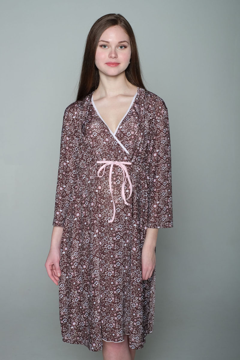 Комплект для беременных и кормящих Hunny Mammy: халат, сорочка ночная, цвет: коричневый, розовый. 1-К 06917. Размер 441-К 06917Комплект, выполненный из эластичного трикотажного полотна, состоит из ночной сорочки и халата. Халат-пеньюар трапециевидного силуэта, рукав 3/4. Лиф сорочки на запах для удобства кормления малыша.