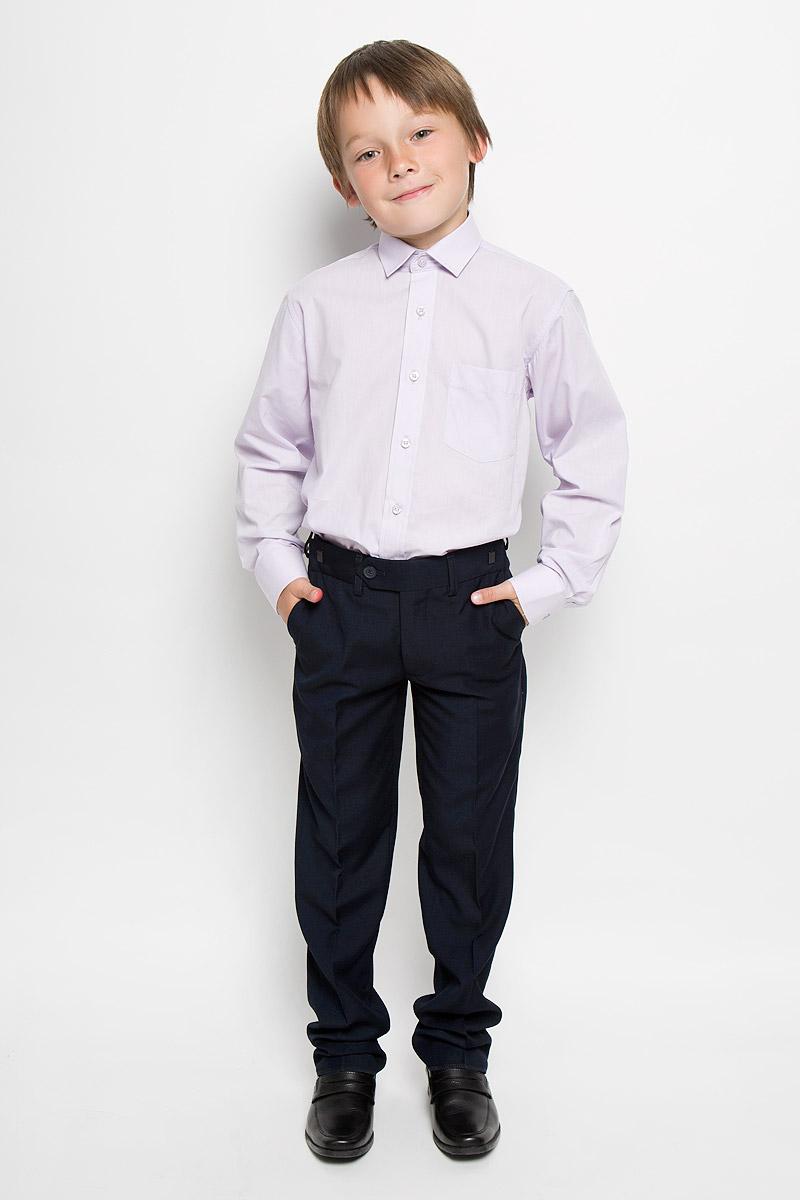 Рубашка для мальчика Tsarevich, цвет: светло-сиреневый. Xen-09. Размер 35/152-158Xen-09Классическая рубашка для мальчика Tsarevich отлично сочетается как с джинсами, так и с брюками. Она выполнена из хлопка с добавлением полиэстера. Материал изделия мягкий и приятный на ощупь, не сковывает движения и обладает высокими дышащими свойствами.Однотонная рубашка прямого кроя с длинными рукавами имеет отложной воротник. Модель застегивается на пуговицы по всей длине. Манжеты рукавов также имеют застежки-пуговицы. На груди расположен накладной карман. Такая рубашка займет достойное место в детском гардеробе, в ней ребенку будет удобно и комфортно.