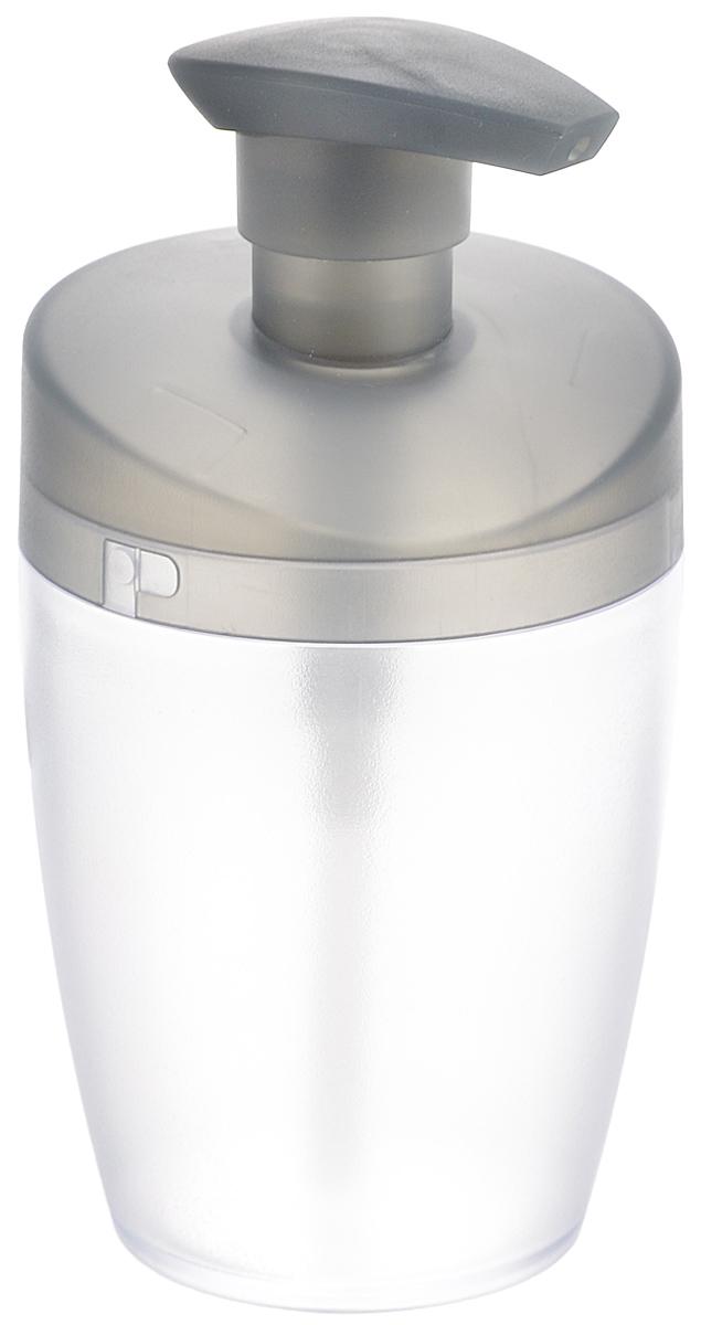 Дозатор для моющего средства Tescoma Clean Kit, цвет: прозрачный, серый, 400 мл900610Дозатор Tescoma Clean Kit, выполненный из прочногопластика, прекрасно подходит для удобной дозировки ихранения моющих средств на кухонном гарнитуре, рядомс мойкой.Подходит для мытья в посудомоечной машине, еслинеобходимо можно промыть горячей водой. Высота дозатора (с учетом крышки): 16 см. Диаметр основания дозатора: 6 см.