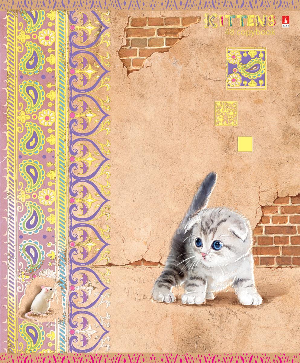 Альт Тетрадь Кошки-мышки 48 листов в клетку вид 47-48-624Тетрадь Альт Кошки-мышки отлично подойдет для занятий школьнику,студенту или для различных записей.Обложка тетради с закругленными уголками выполнена из качественного экологически чистого картона и покрыта гибридным лаком. Лицевая сторона оформлена изображением милого котенка.Внутренний блок тетради, соединенный двумя металлическими скрепками, состоит из 48 листов первосортной бумаги белого цвета формата А5. Четкая линовка точно совпадает с обеих сторон каждого листа. Поля отмечены красным цветом.Вне зависимости от породы очарование и трогательность этих малышей не оставят равнодушными взрослых и детей.
