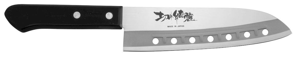 Нож поварской Tojiro Rasp Series, длина лезвия 16,5 смFA-63Поварской нож Tojiro Rasp Series изготовлен из высококачественной нержавеющей стали, обладающей высокой твердостью и устойчивостью к коррозии. К ножам Rasp Series от Tojiro продукты не прилипают. Это способствует более быстрому и комфортному приготовлению ваших любимых блюд.Правила эксплуатации: - Хранить нож следует в сухом месте. - После использования, промойте нож теплой водой и протрите насухо. - Оставление ножа в загрязненном состоянии может привести к образованию коррозии. Запрещается: - Мыть нож в посудомоечной машине. - Хранить ножи в одной емкости со столовыми приборами.- Резать на твердых поверхностях: каменных столешницах, керамических тарелках, акриловых досках. - Запрещается нецелевое использование ножа: вскрывать консервные банки, разрезать кости, скоблить твердые поверхности, резать замороженные продукты. Правка производится легкими движениями на водном камне или мусате. Заточка ножа - сложный технологический процесс, должен производиться профессионалом на специальном оборудовании.Уважаемые клиенты! В случае несоблюдения правил эксплуатации, нож не подлежит гарантийному обслуживанию.