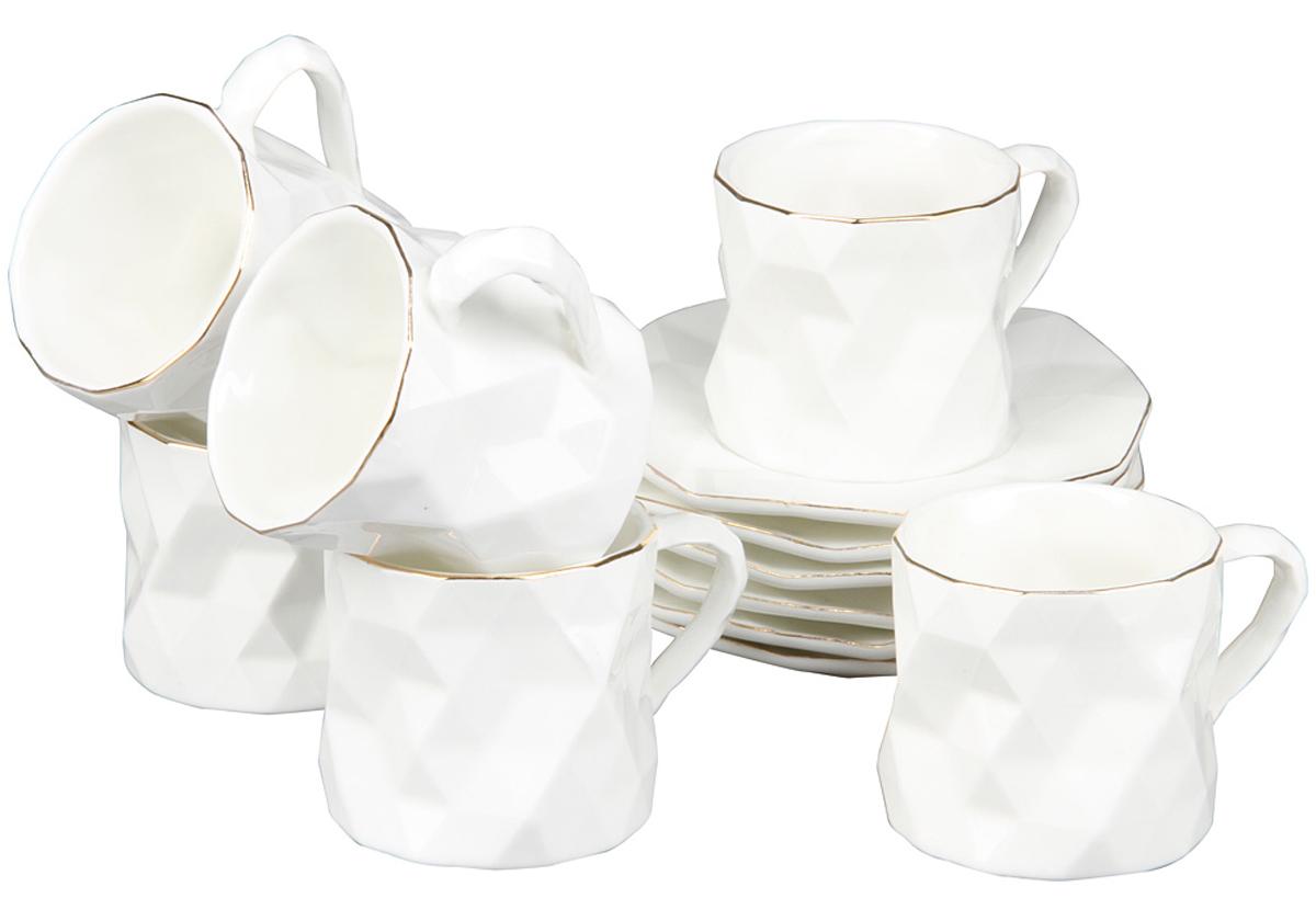 Чайный набор Rosenberg, 12 предметов. 871877.858@22988Чайный набор Rosenberg состоит из 6 чашек и 6 блюдец. Изделия выполнены из качественной глазурованной керамики и имеют необычное оформление. Белоснежные чашки и блюдца дополнены золотистой эмалью по краям. Такой чайный набор оригинально украсит сервировку стола и станет отличным подарком к любому случаю. Объем чашки: 200 мл. Диаметр чашки: 7 см. Высота чашки: 7 см. Диаметр блюдца: 14 см.