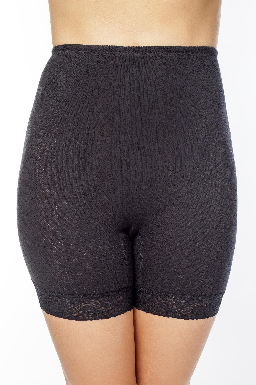 Панталоны женские Vis-A-Vis, цвет: черный. LHP1003M. Размер XXL (52)LHP1003MЭлегантные панталоны Vis-A-Vis подчеркнут вашу женственность и уникальный вкус. Панталоны завышенной посадки выполнены из высококачественного натурального хлопка, что позволяет им создавать неповторимое ощущение комфорта и удобства. Комфортные эластичные швы приятны к телу и не раздражают кожу. Изделие выполнено из ажурного хлопкового полотна и дополнено кружевными лентами по низу. Панталоны подтягивают и корректируют фигуру, удобно сидят, не стесняют движений и совершенно незаметны под одеждой, что обеспечивает наибольшее удобство при носке. Они позволят вам чувствовать себя комфортно в любое время и подчеркнут ваше очарование и привлекательность.