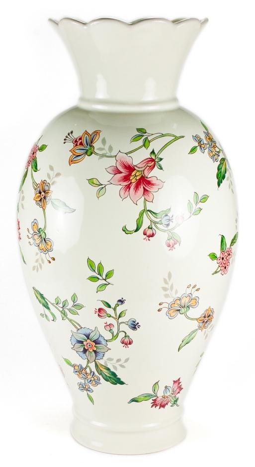 Ваза для цветов Nuova Cer Прованс, цвет: белый, 38 смPRV-7439Ваза для цветов Nuova Cer Прованс выполнена из прочной высококачественной керамики. Ваза сочетает в себе изысканный дизайн с максимальной функциональностью. Ваза не только украсит дом и подчеркнет ваш прекрасный вкус, но и станет отличным подарком.Высота: 38 см.