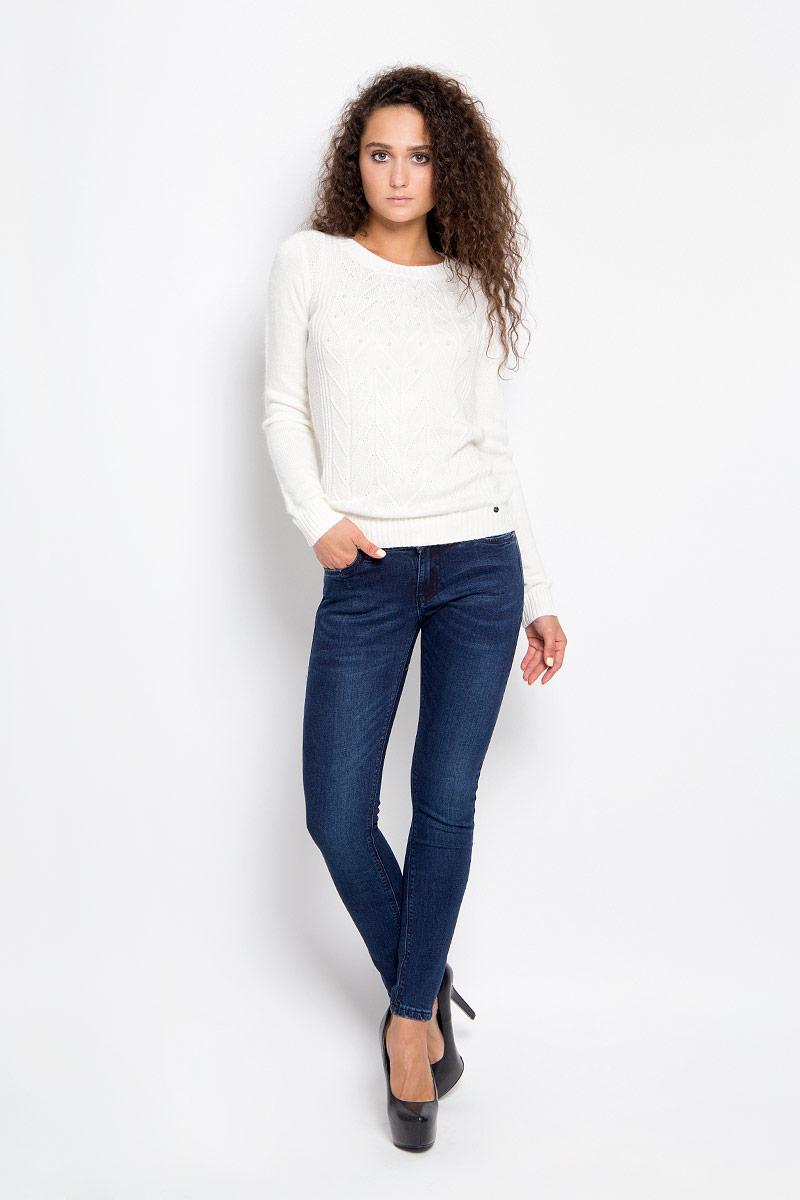 Джинсы женские Finn Flare, цвет: темно-синий. A16-170060_127. Размер 30-32 (46-32)A16-170060_127Стильные женские джинсы Finn Flare - это джинсы высочайшего качества, которые прекрасно сидят. Они выполнены из высококачественного эластичного хлопка, что обеспечивает комфорт и удобство при носке. Модные джинсы скинни стандартной посадки станут отличным дополнением к вашему современному образу. Джинсы застегиваются на пуговицу в поясе и ширинку на застежке-молнии, имеют шлевки для ремня. Джинсы имеют классический пятикарманный крой: спереди модель оформлена двумя втачными карманами и одним маленьким накладным кармашком, а сзади - двумя накладными карманами.Эти модные и в то же время комфортные джинсы послужат отличным дополнением к вашему гардеробу.