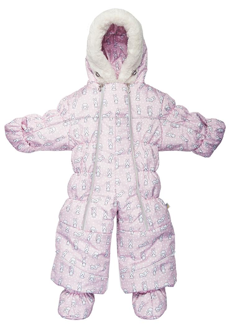 Комбинезон-трансформер детский Сонный Гномик Бамбино, цвет: розовый. 2802/20. Размер 742802/20Теплый комбинезон-трансформер Сонный Гномик изготовлен из полиэстера на мягкой текстильной подкладке. На модели предусмотрена съемная подстежка из натуральной овечьей шерсти. В качестве утеплителя используется синтепон, также изделие оснащено теплосберегающей мембраной Shelter Kids (200г/кв.м). Комбинезон-трансформер с капюшоном и длинными рукавами застегивается на две вертикальные молнии спереди по всей длине. Капюшон, декорированный несъемной опушкой из искусственного меха, дополнен по краю эластичным шнурком со стоппером. Манжеты рукавов дополнены отворотами, которые защитят ручки малыша от холода. Оформлено изделие интересным принтом с изображением зайчиков. Благодаря удобной системе молний и кнопок на брючинах комбинезон можно легко трансформировать в конверт с рукавами. В комплект с комбинезоном входят теплые пинетки.