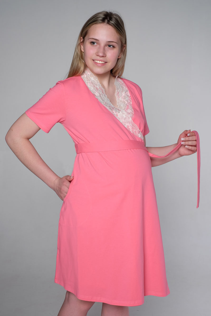 Комплект для беременных и кормящих Hunny Mammy: халат, сорочка ночная, цвет: коралловый. 3-К 06728. Размер 503-К 06728Комплект состоит из халата и ночной сорочки. Халат с коротким рукавом на запах, на поясе, украшен кружевом. Сорочка с клипсой для кормления.