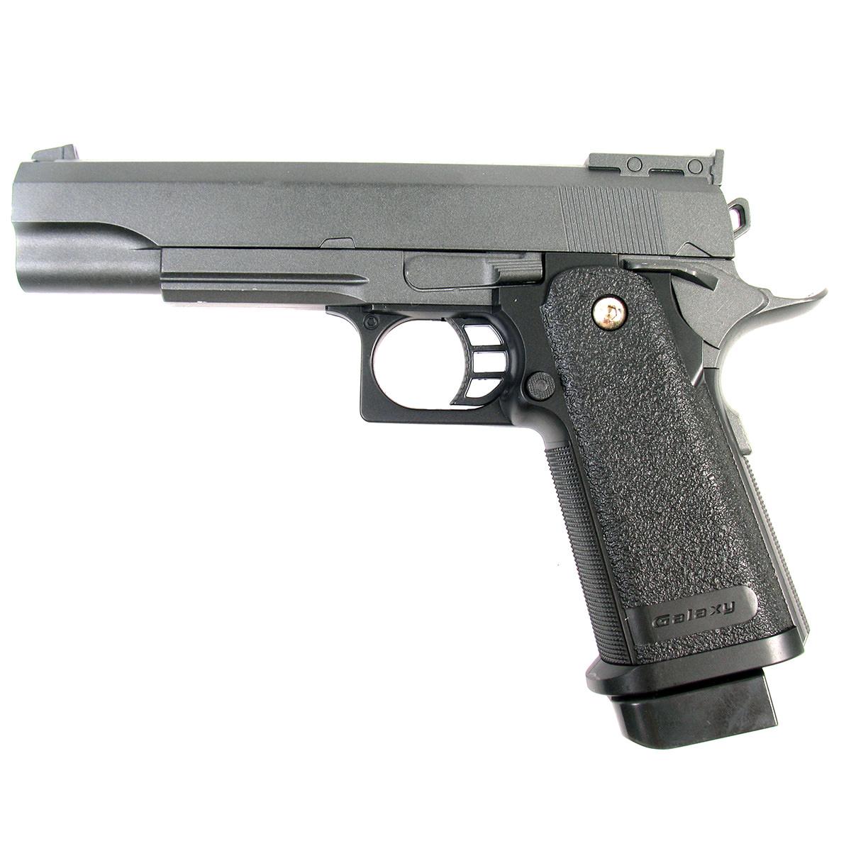 Пистолет страйкбольный Galaxy G.6, пружинный, 6 ммG.6Пружинный пистолет G.6 является репликой известного мощного пистолета Hi-Capa .45. Корпус пистолета цельнометаллический. В магазин вмещается 16 шариков BB 6 мм. Выстрел из пистолета осуществляется с помощью пружины, максимальная начальная скорость выстрела не более 50 м/с. Прицельные приспособления не регулируемые, пистолет предназначен для стрельбы на короткие дистанции.