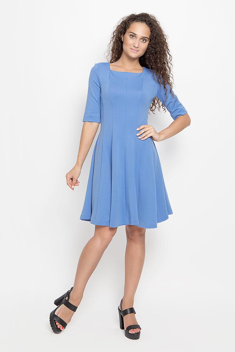 Платье Ruxara, цвет: сине-голубой. 105005_27. Размер 44105005_27Платье Ruxara, выполненное из высококачественного комбинированного материала, поможет создать отличный современный образ в стиле Casual.Модель приталенного силуэта с расклешенной юбкой дополнена вырезом горловины каре и рукавами длиной до локтя. Такое платье поможет создать яркий и привлекательный образ, в нем вам будет удобно и комфортно.
