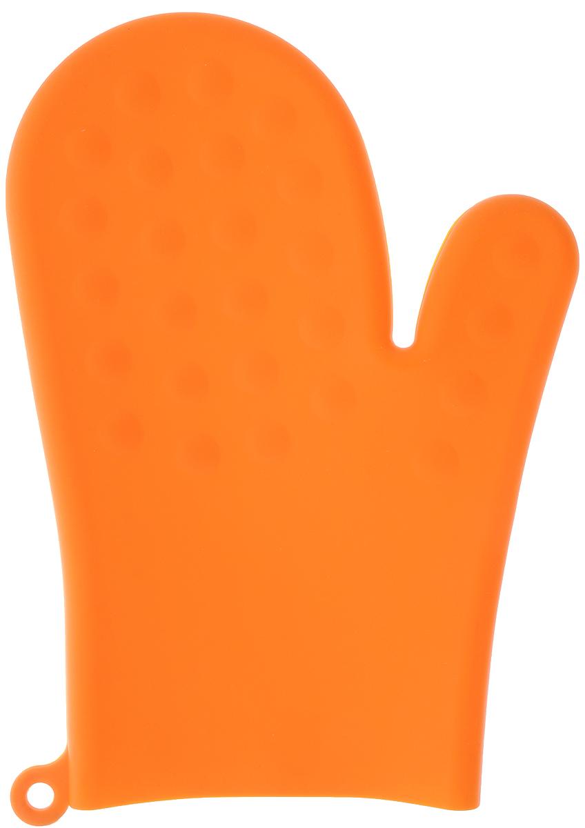 Прихватка-варежка Atlantis, цвет: оранжевый, 26 х 19 смSC-GL-003-OПрихватка-варежка Atlantis изготовлена из прочного цветного силикона. Очень приятная на ощупь, невероятно гибкая, она способна выдерживать температуру до +230°С. Эластична, износостойка, влагонепроницаема, легко моется, удобно и прочно сидит на руке. Благодаря такой прихватке ваши руки будут защищены от ожогов, когда вы будете ставить в печь или доставать из нее выпечку.