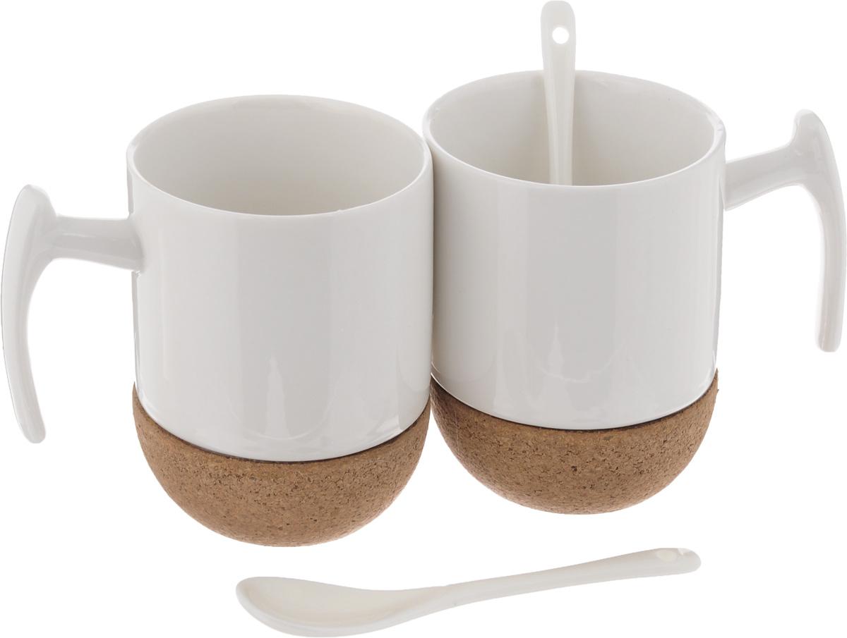 Набор чайный EcoWoo, 4 предмета2012241UНабор чайный EcoWoo - это не только идеальный подарок, но ипрекрасный повод побаловать себя! Набор состоит из 2 фарфоровых кружек спробковым основанием и 2 ложек. Такой набор станет идеальным решением для ценителей экологичных деталей винтерьере ипоклонников здорового образа жизни. Не использовать в посудомоечной машине. Объем кружки: 280 мл. Диаметр кружки (по верхнему краю): 7,5 см. Высота кружки: 10,5 см. Длина ложки: 13 см.
