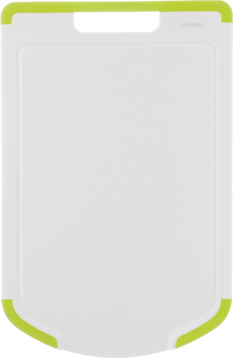 """Разделочная доска Nadoba """"Oktavia"""" изготовлена из высококачественного  пластика. Она отличается  долговечностью, большой прочностью, не  впитывает запахи и обладает водоотталкивающими свойствами, при длительном  использовании не деформируется. Изделие снабжено противоскользящими  резиновыми вставками,  благодаря чему не скользит по поверхности столешницы. Специальные выемки по  краям предназначены для стока жидкости.  Можно мыть в посудомоечной машине."""