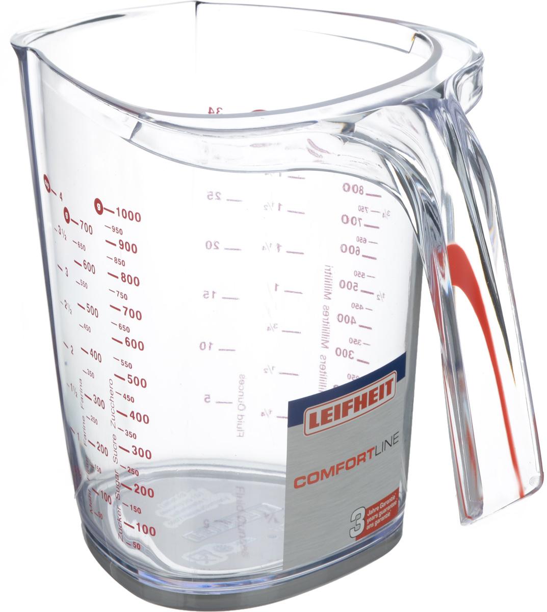 Кружка мерная Leifheit Comfortline, цвет: прозрачный, красный, 1 л03048Мерная кружка Leifheit Comfortline, выполненная из ударопрочного пластика, поможет дозировать любые продукты и вещества. Устойчива к механическим повреждениям и агрессивным средам. На стенке кружки имеются отдельные мерные шкалы для различных продуктов. Изделие устойчиво благодаря прорезиненному основанию. Размер кружки (по верхнему краю): 14,5 х 13,2 см. Высота кружки: 15,8 см.