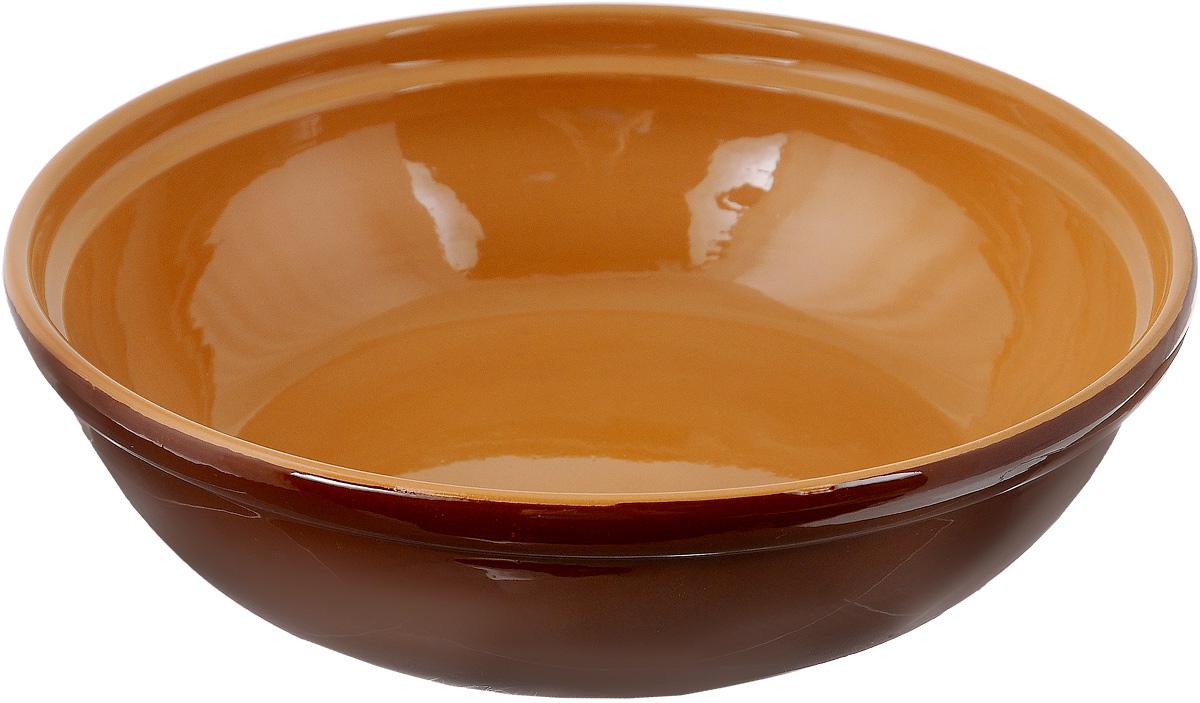 """Салатник Борисовская керамика """"Модерн"""" выполнен из высококачественной глазурованной керамики. Этот удобный салатник придется по вкусу любителям здоровой и полезной пищи. Благодаря современной удобной форме, изделие многофункционально и может использоваться хозяйками на кухне как в виде салатника, так и для запекания продуктов, с последующим хранением в нем приготовленной пищи. Посуда термостойкая. Можно использовать в духовке и микроволновой печи.  Диаметр (по верхнему краю): 22 см.Высота стенки: 6 см."""