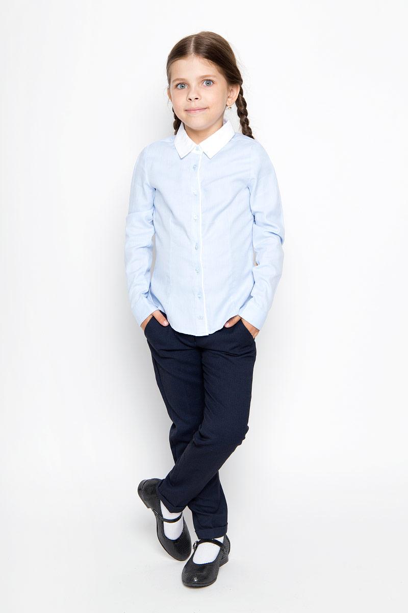 Рубашка для девочки Sela, цвет: голубой. B-612/013-6311. Размер 122, 7 летB-612/013-6311Стильная приталенная рубашка для девочки Sela идеально подойдет вашей дочурке. Изготовленная из натурального высококачественного хлопка, она мягкая и приятная на ощупь, не сковывает движения и позволяет коже дышать, обеспечивая наибольший комфорт. Рубашка с длинными рукавами и отложным воротничком застегивается на пластиковые пуговицы по всей длине, рукава также дополнены манжетами на пуговицах. Изделие оформлено принтом в микрополоску.Современный дизайн и расцветка делают эту рубашку стильным предметом детского гардероба. Модель можно носить как с джинсами, так и с классическими брюками.