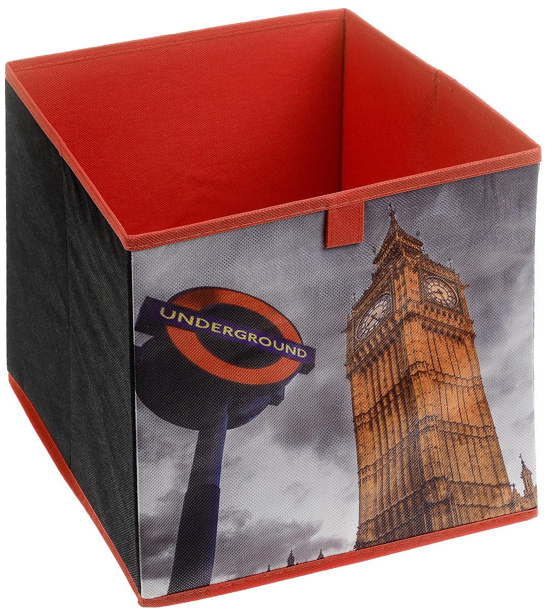 Кофр для хранения Биг-Бен, 28 х 28 х 28 смFS-6196-C02Кофр для хранения Биг-Бен изготовлен из высококачественного нетканого полотна и декорирован красочным изображением самой известной лондонской башни. Кофр имеет одно большое отделение, где вы можете хранить различные бытовые вещи, нижнее белье, одежду и многое другое. Вставки из картона обеспечивают прочность конструкции. Стильный принт, модный цвет и качество исполнения сделают такой кофр незаменимым для хранения ваших вещей.