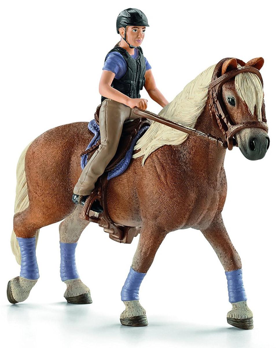 Schleich Фигурка Любительница верховой езды фигурки игрушки schleich большой набор центр верховой езды с лошадьми наездником аксессуарами