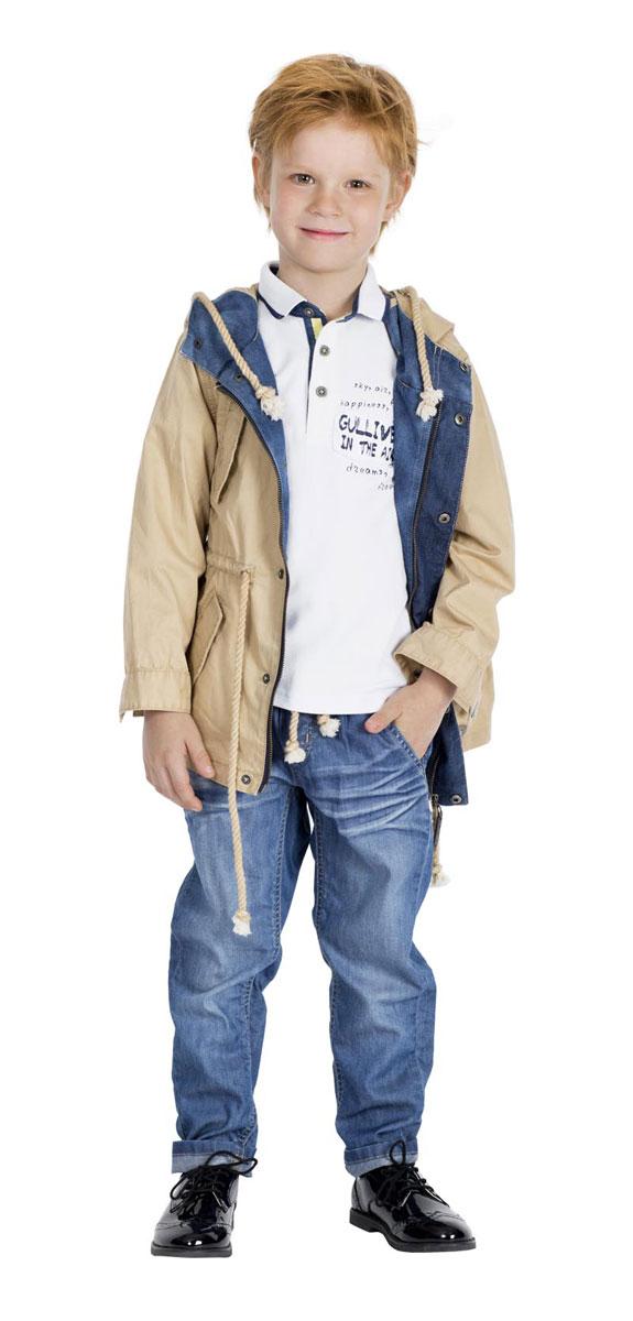 Джинсы для мальчика Gulliver Воздухоплаватели, цвет: синий джинс. 11604BMC6306. Размер 116, 5-6 лет11604BMC6306Стильные джинсы для мальчика Gulliver Воздухоплаватели идеально подойдут вашему маленькому моднику. Изготовленные из хлопка с добавлением лиоцелла, они мягкие и приятные на ощупь, не сковывают движения и позволяют коже дышать, не раздражают нежную кожу ребенка. Джинсы прямого покроя на талии имеют пояс на резинке и затягиваются с помощью веревки-шнурка. Имеется имитация ширинки. С внутренней стороны пояс регулируется резинкой на пуговицах. Спереди джинсы дополнены двумя втачными карманами со скошенными краями, сзади - двумя накладными карманами. Джинсы оформлены эффектом потертости и перманентными складками.Современный дизайн и расцветка делают эти джинсы стильным и практичным предметом детского гардероба. В них ваш ребенок всегда будет в центре внимания!