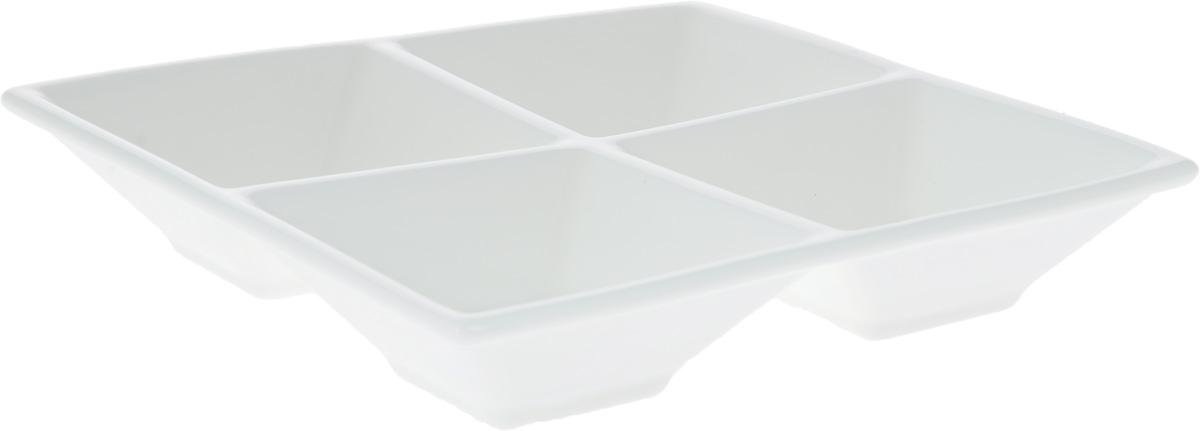 Менажница Wilmax, 4 секции, 15 х 15 смWL-992017 / AМенажница Wilmax изготовлена из высококачественного фарфора. Она состоит из 4 секций, предназначенных для подачи сразу нескольких видов закусок, нарезок, соусов и варенья.Оригинальная менажница Wilmax станет украшением как праздничного, так и повседневного обеденного стола и подчеркнет ваш изысканный вкус. Размер менажницы: 15 х 15 х 3 см.Размер секций: 6,5 х 6,5 см.