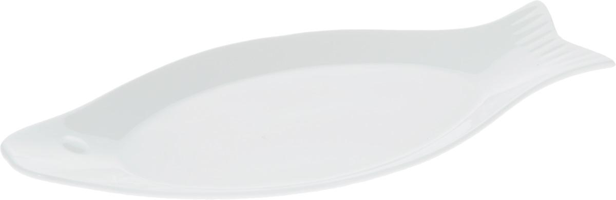 Блюдо Wilmax Рыбка, 33 х 16 смWL-992008 / AБлюдо Wilmax Рыбка изготовлено из высококачественного фарфора, покрытого слоем глазури. Изделие предназначено для подачи нарезок, всевозможных закусок, а также горячих блюд из рыбы. Такое блюдо пригодится в любом хозяйстве, оно подойдет как для праздничного стола, так и для повседневного использования. Блюдо функциональное, практичное и легкое в уходе. Изделие можно мыть в посудомоечной машине и ставить в микроволновую печь.