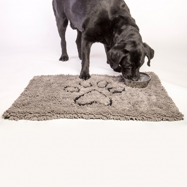 """Dog Gone Smart """"Dirty Dog Doorma"""" - это не просто коврик. Его можно использовать в машине, клетке, в качестве подстилки под миски с едой  и водой, или просто в качестве места для отдыха вашего питомца. Запатентованные технологии позволяют защитить пол, мебель и сиденья  автомобиля от нежелательной шерсти, грязи и слюней. Беспорядок останется на коврике. Супер абсорбирующий материал. Передовые технологии, задействованные в производстве микрофибры, позволяют впитывать воду и грязь  моментально. Миллионы ворсинок микрофибры создают эффект огромной супер-губки.  Плюсы коврика:  - Впитывает объем воды и грязи до 7 раз больше своего веса; - Оставляет полы чистыми и сухими; - Сохнет в 5 раз быстрее обыкновенных ковриков; - После высыхания – легко вытряхивается; - Очень мягкий; - Износостойкий; - Нескользящая оборотная сторона; - Прост в уходе; - Использовать можно в любом месте."""