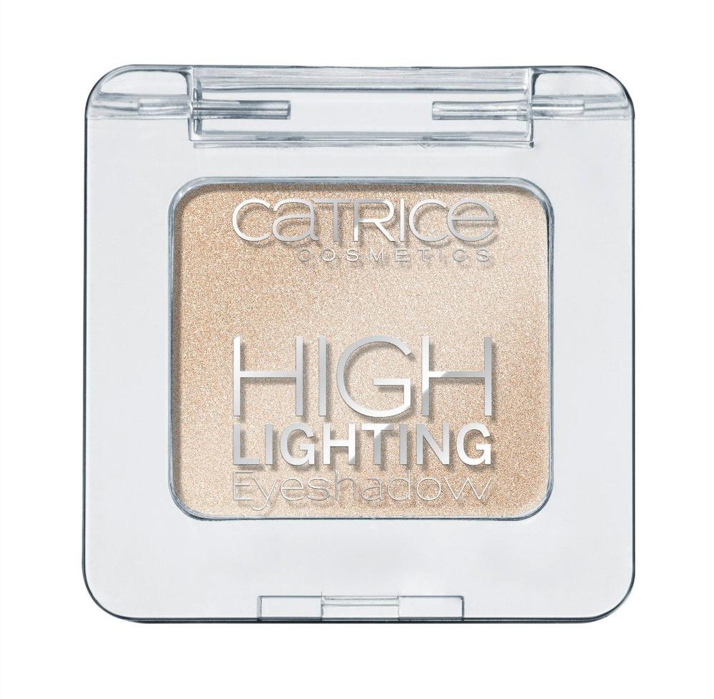Catrice Тени для век Highlighting Eyeshadow 030 1001 Golden Nights золотистый, 19 гр56266Новые тени от CATRICE помогут с легкостью расставить изящные акценты в вашем макияже благодаря нежной кремовой текстуре и светоотражающим частицам, входящим в состав. Кремовая текстура теней легка в нанесении и представлена в трех оттенках – сияющий белый (shimmering white), жемчужный золотой (pearly gold) и пастельный розовый (pastel rose).