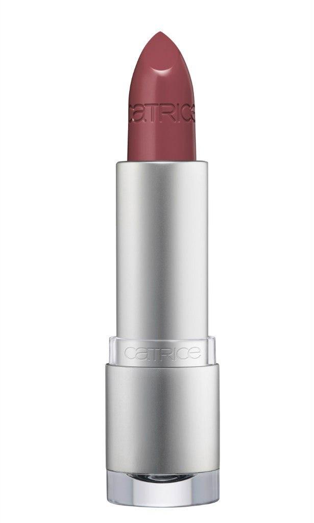Catrice Губная помада Luminous Lips Lipstick 150 Into The Maroon Lagoon тёмно-коричневый, 27 гр56300Нежная и деликатная.В состав помады Luminous Lips Lipstick входит гиалуроновая кислота, благодаря которой кожа губ разглаживается и увлажняется. Luminous Lips Lipstick с глянцевым финишем и полупрозрачной текстурой представлена в 14 оттенках, среди которых три новых – теплый коричневый, нежный розово-фуксиевый и яркий алый.