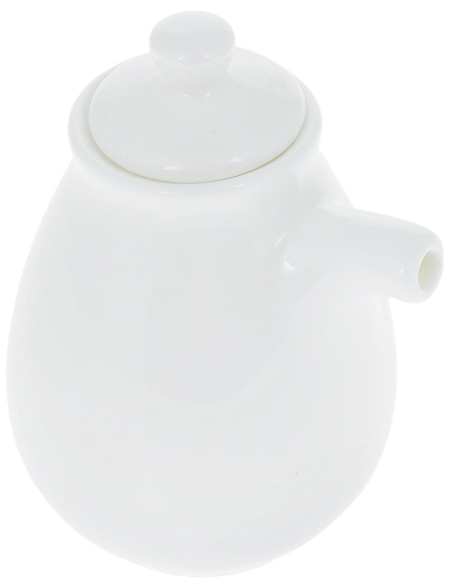 Бутылка для соуса Wilmax, 170 млWL-996015 / AБутылка для соуса Wilmax изготовлена из высококачественного фарфора, покрытого глазурью. Изделие предназначено для хранения соусов, имеет удобный носик и крышку. Такая бутылка для соуса пригодится в любом хозяйстве, она подойдет как для праздничного стола, так и для повседневного использования. Изделие функциональное, практичное и легкое в уходе.Диаметр (по верхнему краю): 4 см.Высота бутылки (без учета крышки): 8 см.