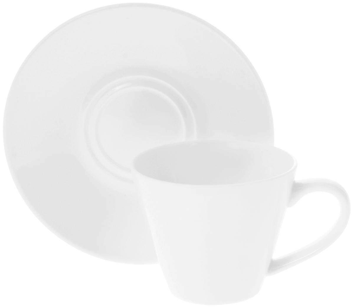 Чайная пара Wilmax, 2 предмета. WL-993004WL-993004 / ABЧайная пара Wilmax состоит из чашки и блюдца, выполненных из высококачественного фарфора и оформленных в классическом стиле. Оригинальный дизайн обязательно придется вам по вкусу. Чайная пара Wilmax украсит ваш кухонный стол, а также станет замечательным подарком к любому празднику.Объем чашки: 180 мл.Диаметр чашки (по верхнему краю): 8 см.Диаметр основания чашки: 4,5 см.Высота чашки: 7 см.Диаметр блюдца: 14 см.