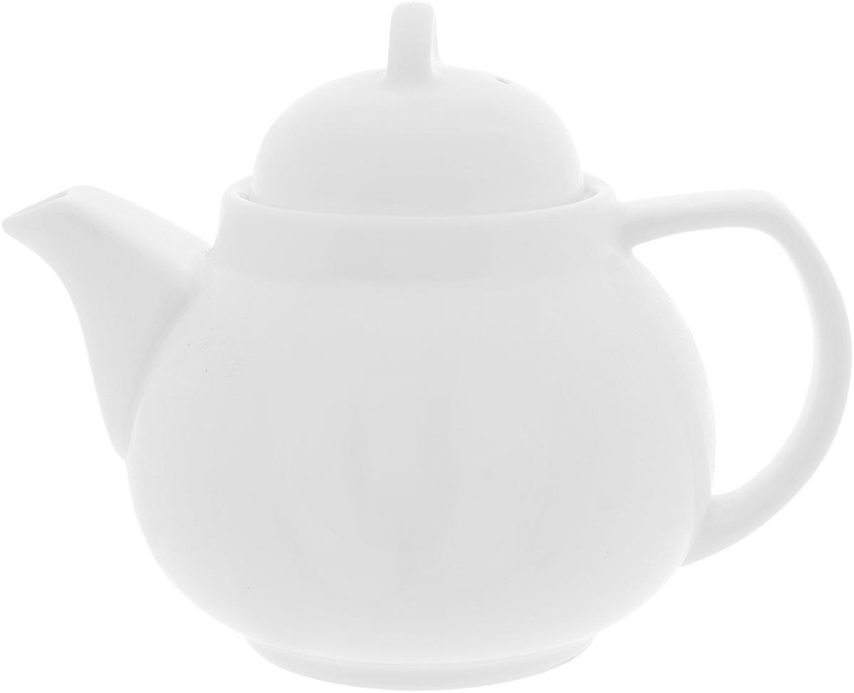 """Заварочный чайник """"Wilmax"""" изготовлен  из высококачественного фарфора. Глазурованное покрытие  обеспечивает легкую очистку. Изделие прекрасно  подходит для заваривания вкусного и ароматного  чая, а также травяных настоев. Ситечко в основании носика препятствует  попаданию чаинок в чашку. Оригинальный  дизайн сделает чайник настоящим украшением  стола. Он удобен в использовании и понравится  каждому. Можно мыть в посудомоечной машине и  использовать в микроволновой печи.  Диаметр чайника (по верхнему краю): 7 см.  Высота чайника (без учета крышки): 8,5 см."""