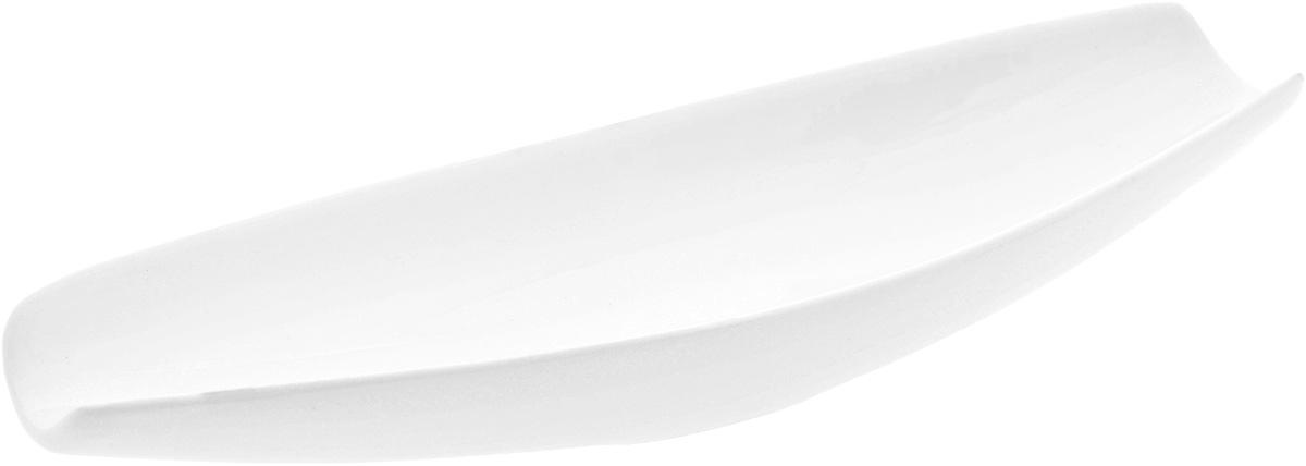 """Оригинальное блюдо """"Wilmax"""", изготовленное из  фарфора с глазурованным покрытием, прекрасно  подойдет для подачи нарезок, закусок и других блюд. Оно  украсит ваш кухонный стол, а также станет  замечательным подарком к любому празднику. Размер блюда: 26 х 7,5 см."""