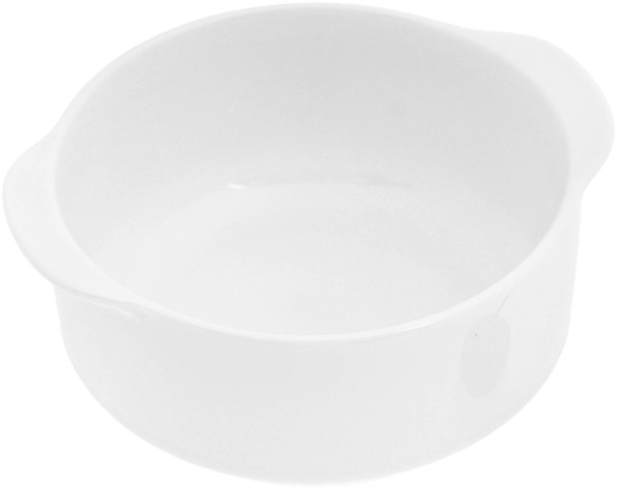 """Бульонница """"Wilmax"""" изготовлена из высококачественного  фарфора. Она имеет широкую горловину и оснащена  двумя ручками для удобной переноски. Бульонница  прекрасно подойдет для супа или бульона.  Такая стильная бульонница украсит сервировку вашего  стола и подчеркнет прекрасный вкус хозяина, а также  станет отличным подарком. Диаметр (по верхнему краю): 10 см. Высота: 5,5 см. Ширина (с учетом ручек): 12,3 см."""
