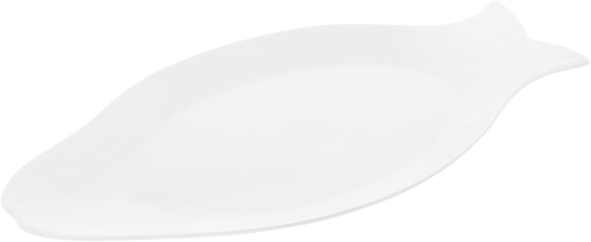 """Оригинальное блюдо Wilmax """"Рыбка"""", изготовленное из фарфора с  глазурованным покрытием, прекрасно  подойдет для подачи нарезок, закусок и других  блюд. Оно украсит ваш кухонный стол, а также станет  замечательным подарком к любому празднику. Размер блюда: 46 х 22,7 см."""
