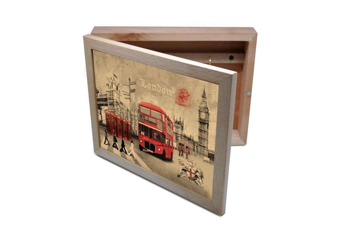 Ключница GiftnHome Лондон, 20 х 25 смKbox-LondonВпустив в свой Дом однажды, вы почувствуете, что этот аксессуар навсегда заполнит ваше сердце благодарностью!Теперь вы и вся ваша семья - всегда будете знать, где находится нужный ключ! Вам больше не нужно метаться по квартире в поисках потерянного золотого ключика или целой связки. А когда семья большая - это буквально спасательный волшебный ларец, способный элементарно организовать в одном месте самые важные ключи всех жильцов вашего семейства. Ключница, оформленная современными модными принтами от Креативной студии АнтониоК - помимо практичности и удобства внесет оригинальный стиль и послужит прекрасным интерьерным решением в прихожей вашего дома, дачи, офиса или студии.Товары бренда GiftnHome, серии Эко-Лайф выполнены из благородных пород дерева: бука и дуба. Они несут в дом тепло, уют и неповторимый индивидуальный стиль. Эти изделия не боятся повседневной эксплуатации и будут вам служить долго и преданно.