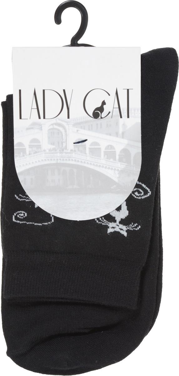 Носки женские Lady Cat, цвет: черный. М 3001-16. Размер 2 (38/40)М 3001-16Удобные женские носки Lady Cat, изготовленные из высококачественного материала, очень мягкие и приятные на ощупь, позволяют коже дышать. Эластичная резинка плотно облегает ногу, не сдавливая ее, обеспечивая комфорт и удобство. Носки со стандартным паголенком оформлены забавным принтом в виде кошек.Удобные и комфортные носки великолепно подойдут к любой вашей обуви.