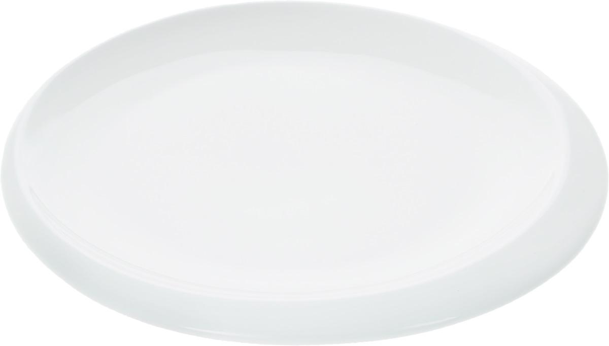 """Оригинальная тарелка """"Wilmax"""" изготовлена из фарфора с глазурованным покрытием.   Фарфор от """"Wilmax"""" изготовлен по уникальному рецепту из сплава магния и алюминия,  благодаря чему посуда обладает характерной белизной, прочностью и устойчивостью к  сколами. Особый состав глазури обеспечивает гладкость и блеск поверхности изделия.  Изделие сочетает в себе изысканный дизайн с максимальной функциональностью. Тарелка  прекрасно впишется в интерьер вашей кухни и станет достойным дополнением к кухонному  инвентарю.   Можно мыть в посудомоечной машине и использовать в микроволновой печи. Изделие  пригодно для использования в духовых печах и выдерживает температуру до 300°С.     Диаметр: 18 см.   Высота: 2 см."""
