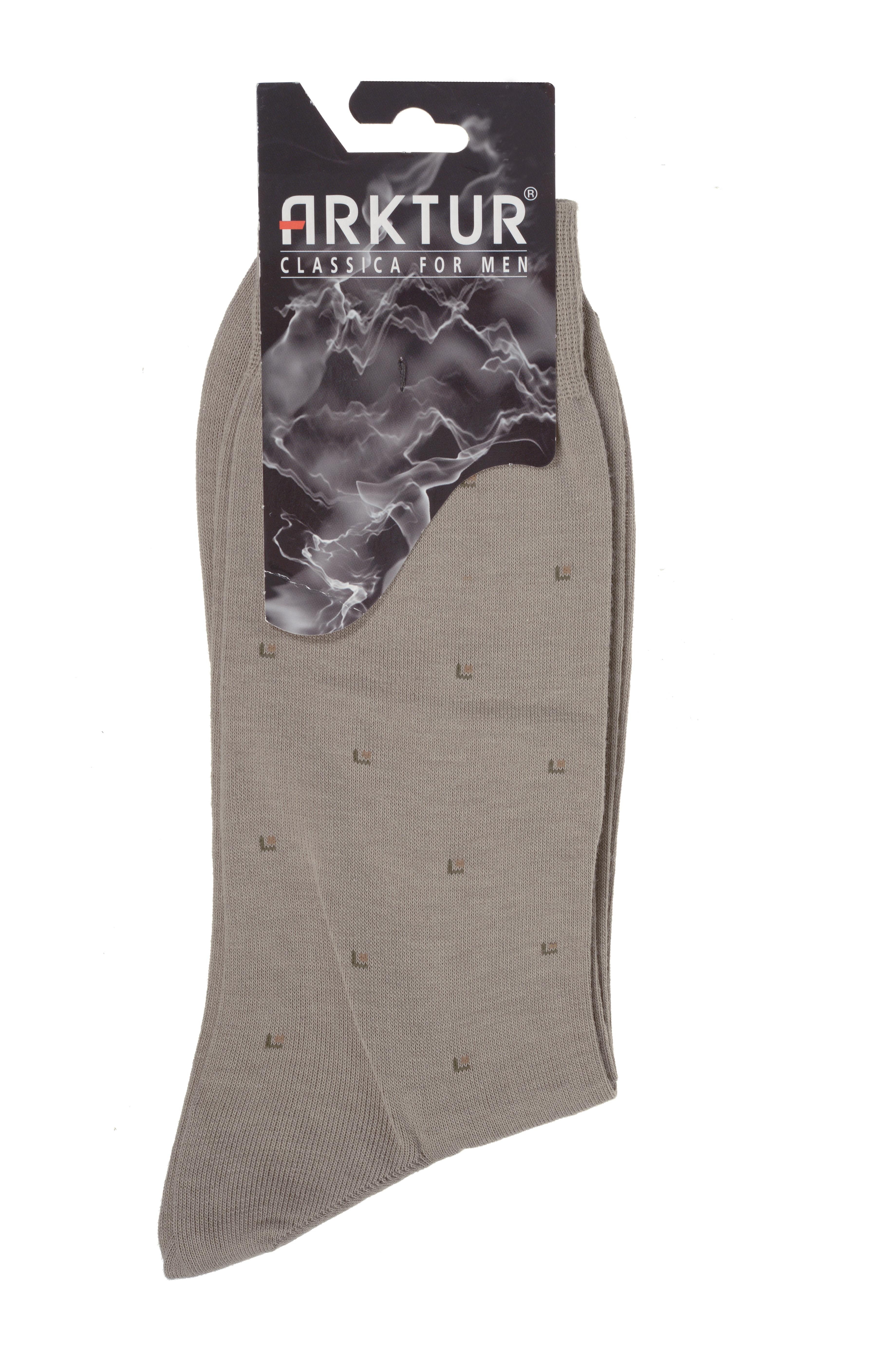 Носки мужские Arktur, цвет: бежевый. Л 209. Размер 40/41Л 209Мужские носки Arktur изготовлены из хлопка с добавлением полиамида. Материал тактильно приятный, хорошо пропускает воздух. Носки дополнены комфортной эластичной резинкой. Изделие оформлено мелким абстрактным принтом. Удобные и прочные носки станут отличным дополнением к вашему гардеробу.