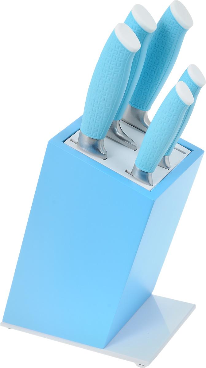 """Набор """"Moonstar"""" состоит из 5 ножей и подставки. Лезвия выполнены из высококачественной нержавеющей стали с гладкой, легко очищаемой поверхностью. Рукоятки, выполненные из пластика с покрытием soft-touch, обеспечивают комфортный и легко контролируемый захват. Ножи прекрасно подходят для ежедневной резки фруктов, овощей и мяса. Предметы набора компактно размещаются на подставке из пластика.В набор входят: - универсальный нож; - нож для хлеба; - тесак; - поварской нож;   - нож для очистки овощей. Этот набор включает все необходимое для каждодневного приготовления пищи. Стильный дизайн украсит интерьер вашей кухни.Общая длина поварского ножа: 33,3 см.Длина лезвия поварского ножа: 20 см.Общая длина ножа для хлеба: 33,2 см.Длина лезвия ножа для хлеба: 20,5 см.Общая длина тесака: 30 см.Длина лезвия тесака: 15,5 см.Общая длина универсального ножа: 23,2 см.Длина лезвия универсального ножа: 13 см.Общая длина ножа для очистки: 19,5 см.Длина лезвия ножа для очистки: 9 см.Размер подставки (ДхШхВ): 10,5 х 17 х 22 см."""