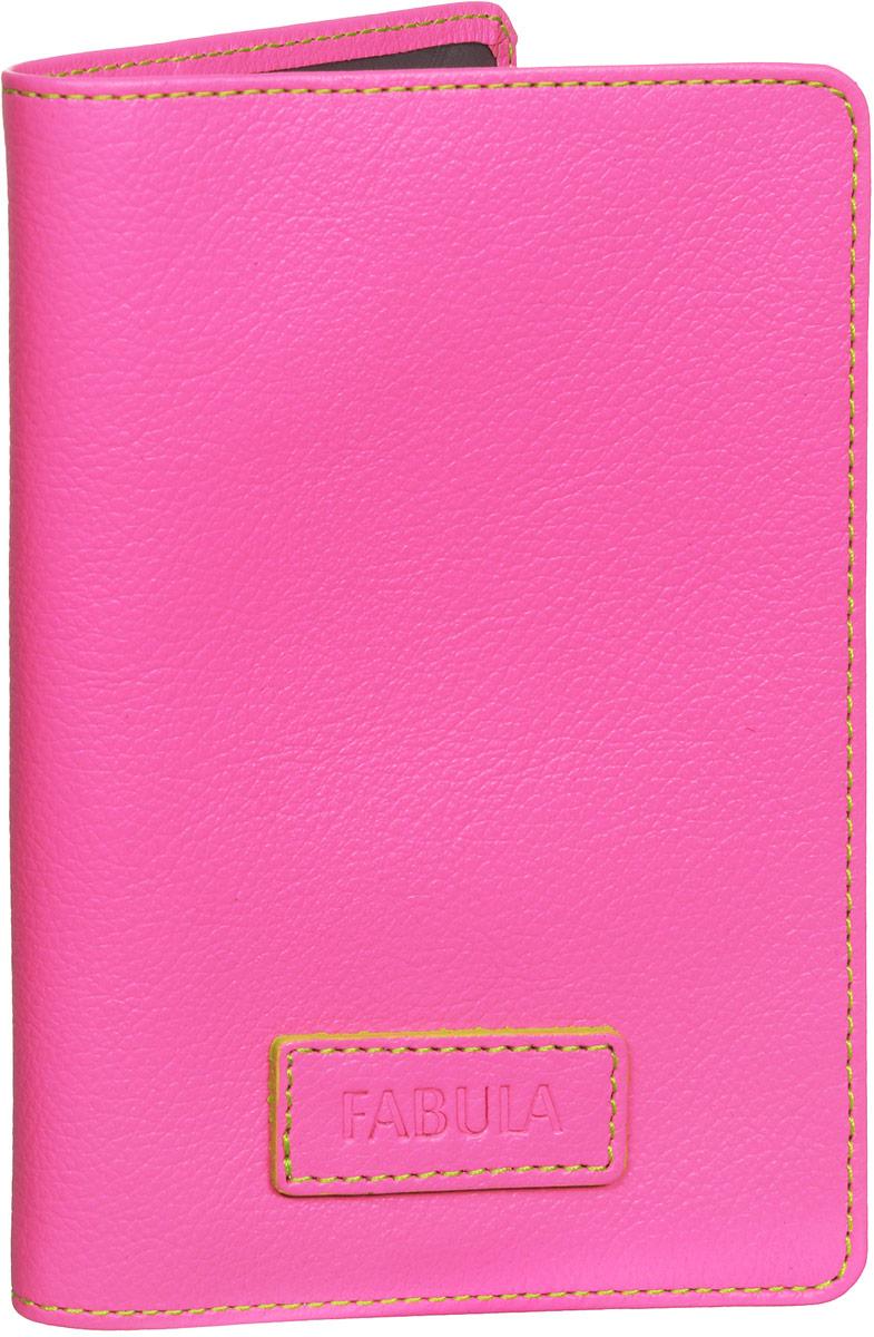 Обложка для паспорта женская Fabula Ultra, цвет: розовый. O.82.FPНатуральная кожаОбложка для паспорта Fabula Ultra выполнена из натуральной кожи с зернистой фактурой иоформлена тиснением в виде символики бренда и контрастной отстрочкой. Подкладка изготовлена из полиэстера.Изделие раскладывается пополам. Внутри размещены дванакладных кармашка из прозрачного ПВХ.Изделие поставляется в фирменной упаковке. Стильная обложка для паспорта Fabula Ultra станет отличным подарком для человека,ценящего качественные и практичные вещи.
