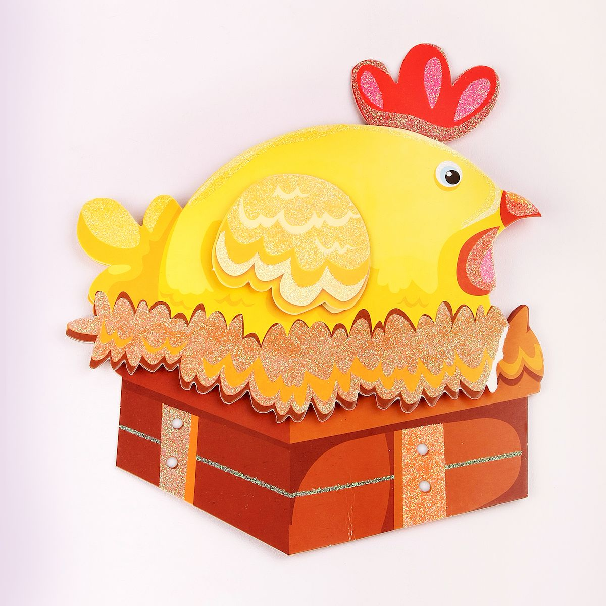 Наклейка декоративная Magic Home Курочка, 35,5 х 25 см31814Яркая, забавная наклейка украсит не только детскую комнату, но и станет отличным дополнением к любому подарку. Наклейку можно использовать как украшение стен и, например, фасадов шкафов и различных ящиков.