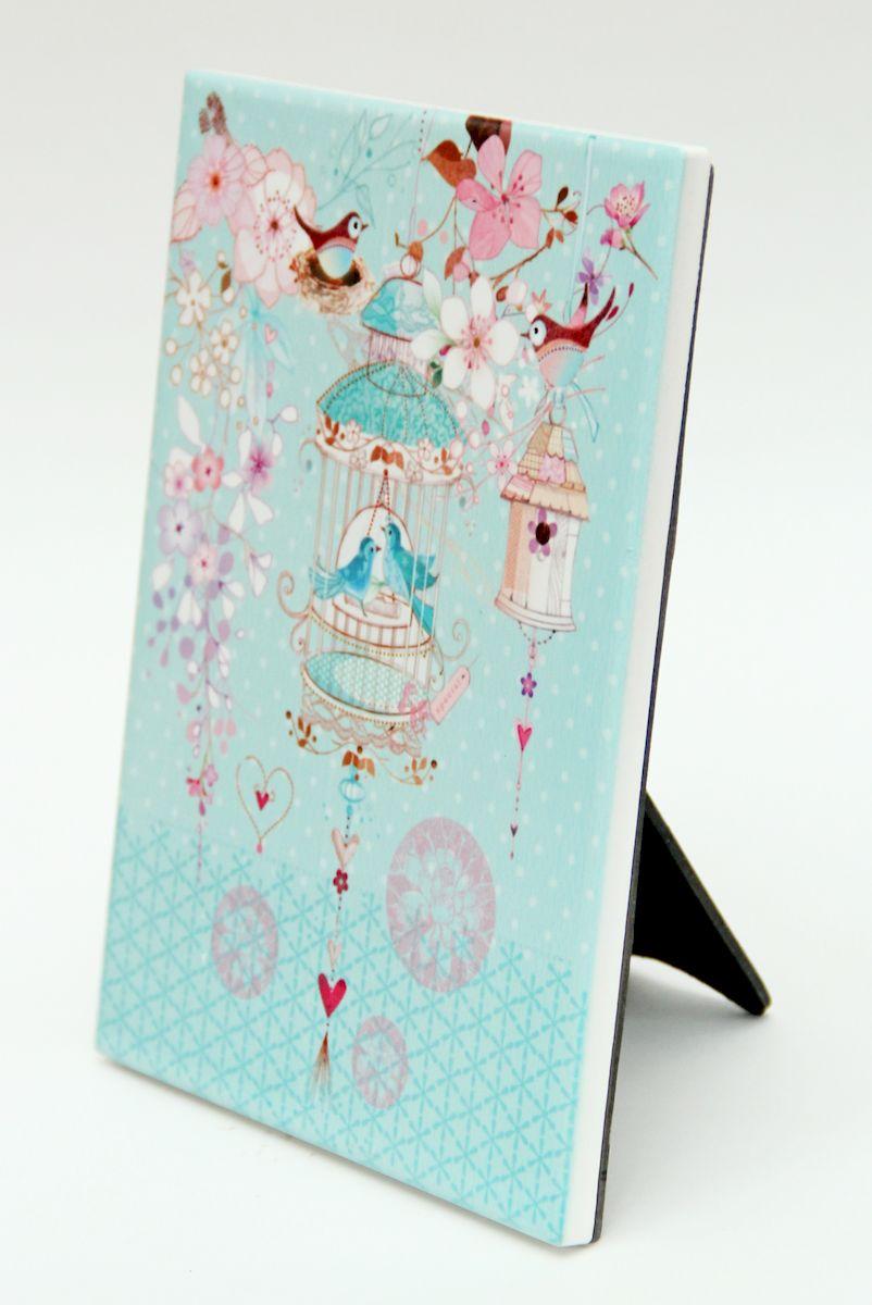 Украшение декоративное Magic Home, 15 х 20 см. 4098140981Декоративное украшение Magic Home представляет собой постер с ярким изображением. Благодаря оригинальному исполнению, украшение можно поставить на стол или подвесить за специальное отверстие на стену.