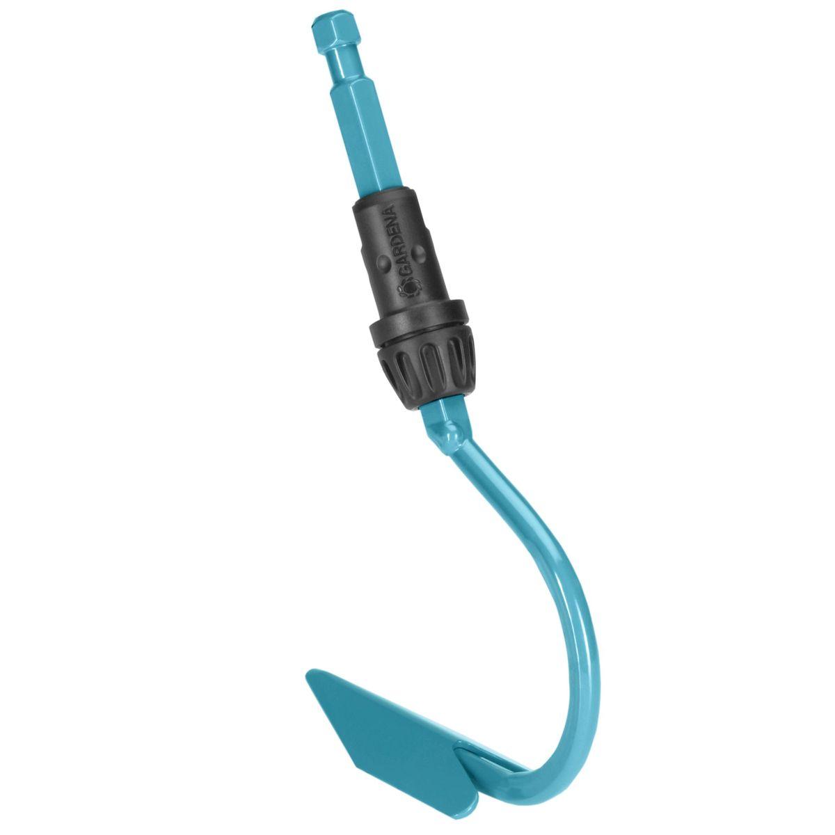 Культиватор Gardena, без ручки, 3,6 см03132-20.000.00Культиватор Gardena выполнен из высококачественной стали с покрытием из дюропласта, которое обеспечивает оптимальную защиту инструмента от коррозии. Он снабжен одним заостренным зубцом, который позволяет без труда разрыхлять почву с коркой. Компактный культиватор позволяет обрабатывать почву в узких междурядьях, не причиняя вреда растениям. Культиватор может использоваться с любой ручкой, однако рекомендуется использовать ручку длиной 130 см, в зависимости от роста пользователя. Рабочая ширина - 3,6 см.