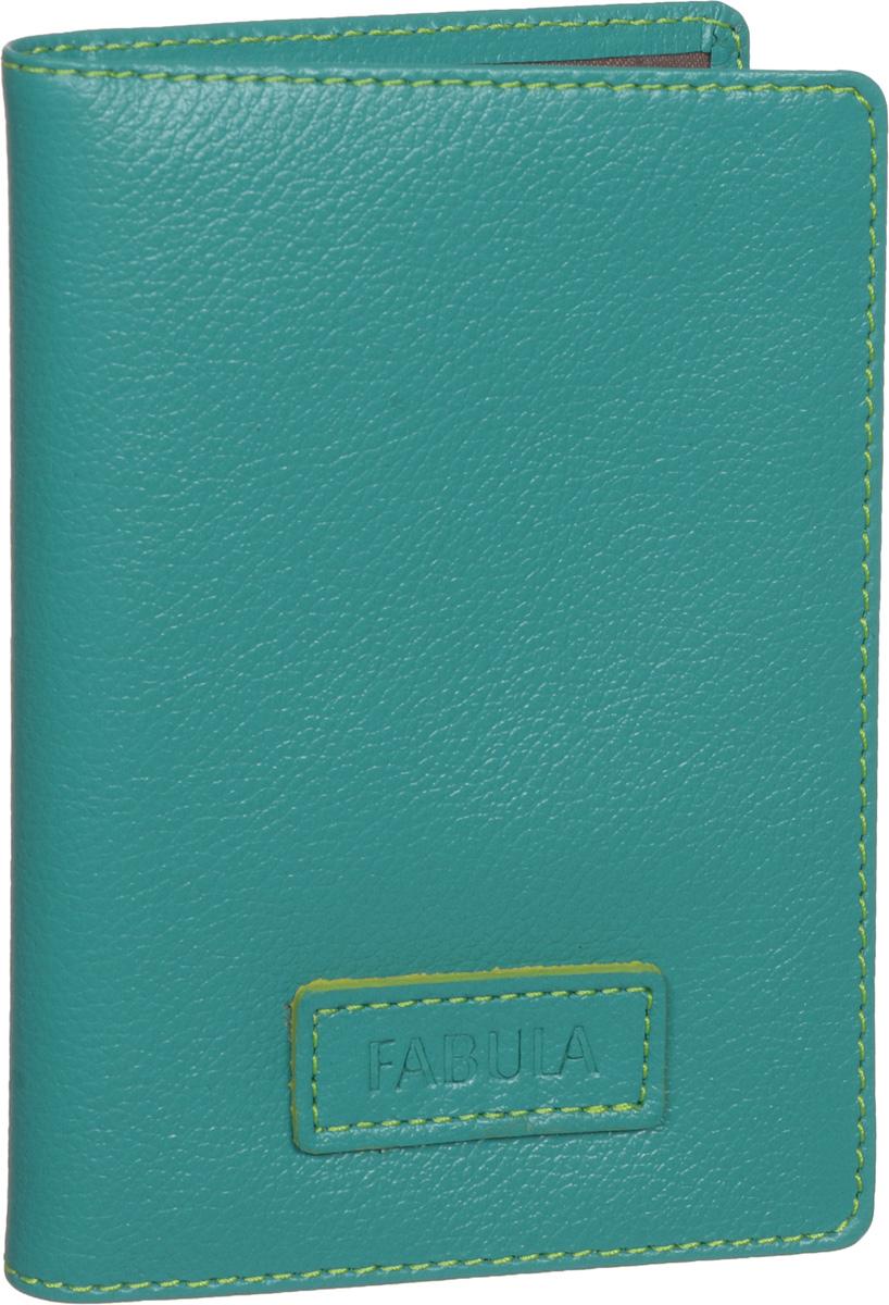 Бумажник водителя женский Fabula Ultra, цвет: бирюзовый. BV.75.FPBV.75.FP.бирюзовыйБумажник водителя Fabula Ultra выполнен из натуральной кожи с зернистой фактурой и Оформлен нашивкой с тиснением в виде символики бренда.Изделие раскладывается пополам. Отделение для автодокументов включает в себя вкладыш из прозрачного ПВХ, который содержит шесть файлов.Изделие поставляется в фирменной упаковке.Стильный бумажник водителя Fabula Ultra станет отличным подарком для человека, ценящего качественные и оригинальные вещи.