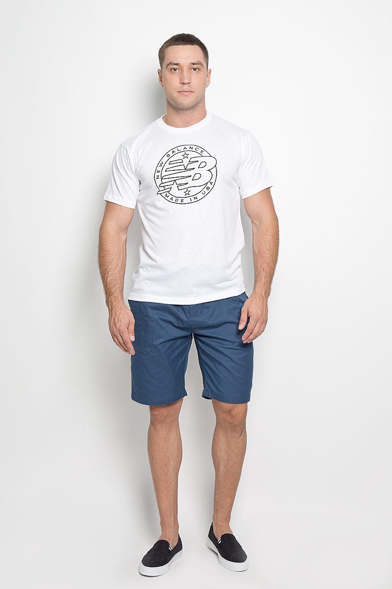 Футболка мужская New Balance Emblem Tee, цвет: белый. MT63519/WT. Размер M (46/48)MT63519/WTМужская футболка New Balance Emblem Tee, выполненная из хлопка и полиэстера, идеально подойдет для активного отдыха, прогулок или занятий спортом. Ткань тактильно приятная, обеспечивает идеальную посадку по фигуре, не сковывает движения и хорошо вентилируется. Футболка с короткими рукавами и круглым вырезом горловины имеет прямой силуэт. Вырез горловины дополнен трикотажной резинкой. Изделие оформлено логотипом New Balance.Такая модель будет дарить вам комфорт в течение всего дня и станет отличным дополнением к вашему гардеробу!