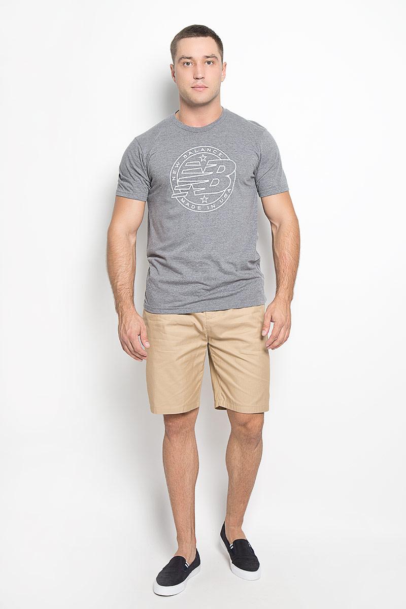 Футболка мужская New Balance Emblem Tee, цвет: серый меланж. MT63519/AG. Размер XL (50/52)MT63519/AGМужская футболка New Balance Emblem Tee, выполненная из хлопка и полиэстера, идеально подойдет для активного отдыха, прогулок или занятий спортом. Ткань тактильно приятная, обеспечивает идеальную посадку по фигуре, не сковывает движения и хорошо вентилируется. Футболка с короткими рукавами и круглым вырезом горловины имеет прямой силуэт. Вырез горловины дополнен трикотажной резинкой. Изделие оформлено логотипом New Balance.Такая модель будет дарить вам комфорт в течение всего дня и станет отличным дополнением к вашему гардеробу!