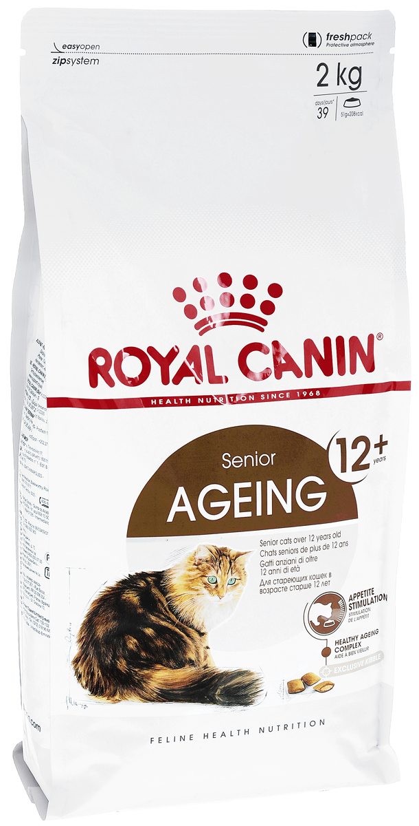 Корм сухой Royal Canin Ageing +12, для кошек старше 12 лет, 2 кг498020Сухой корм Royal Canin Ageing +12 полнорационное питание для стареющих кошек старше 12 лет.У кошек старше 12 лет процесс клеточного старения ускоряется, однако признаки его очень различаются у разных кошек. У некоторых кошек они вообще незаметны, тогда как у других наглядно проявляются физические и поведенческие изменения.Явные признаки старения, которые необходимо отслеживать у кошки:- потеря в весе, - снижение активности, - более жесткая шерсть,- поведенческие изменения,- отсутствие аппетита,- кошка становится привередливее в еде. Поддержание здоровья в старости.Корм помогает противостоять клеточному старению кошек благодаря запатентованному комплексу антиоксидантов и полифенолам зеленого чая, действие которых усиливается ликопеном. Стимулирует когнитивную функцию за счет триптофана – аминокислоты, известной своими релаксирующими свойствами. Повышенное содержание веществ-хондропротекторов и незаменимых жирных кислот поддерживает здоровье суставов стареющих кошек. Обеспечение здоровья почек: способствует поддержанию здоровья почек стареющих кошек за счет значительно пониженного адаптированного уровня фосфора (0,6%).Стимулирование аппетита: помогает стимулировать аппетит стареющих кошек благодаря высокой вкусовой привлекательности и особой двойной текстуре крокет с хрустящей оболочкой и мягкой начинкойСостав: изолят растительных белков, предварительно обработанная пшеничная мука, животные жиры, рис, дегидратированное мясо птицы, растительная клетчатка, гидролизат белков животного происхождения, кукуруза, экстракт цикория, соевое масло, рыбий жир, минеральные вещества, томаты (источник ликопена), оболочка и семена подорожника, фруктоолигосахариды, экстракт зленого чая (источник полифенолов), гидролизат дрожжей (источник маннановых олигосахаридов), гидролизат из панциря ракообразных (источник глюкозамина), масло огуречника аптечного, экстракт бархатцев прямостоячих (источник лютеина), гидролизат из 