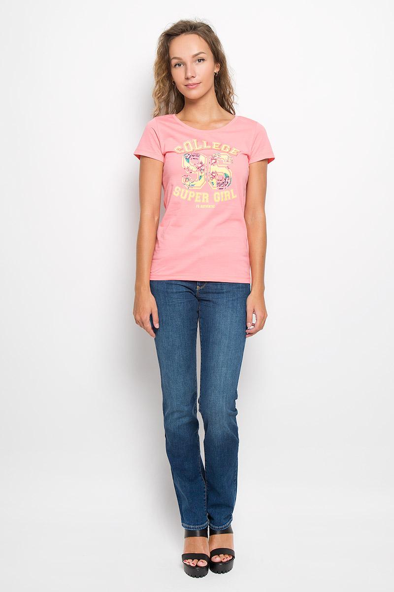 Футболка женская F5, цвет: коралловый. 160082_12380. Размер S (44)160082_12380/CollegeЖенская футболка F5, выполненная из натурального хлопка, прекрасно подойдет для повседневной носки. Материал легкий, мягкий и приятный на ощупь, не сковывает движения и позволяет коже дышать. Футболка слегка приталенного кроя с короткими рукавами имеет круглый вырез горловины, дополненный трикотажной резинкой. Изделие оформлено надписями с цветочным принтом.Такая модель будет дарить вам комфорт в течение всего дня и станет ярким дополнением к вашему гардеробу.