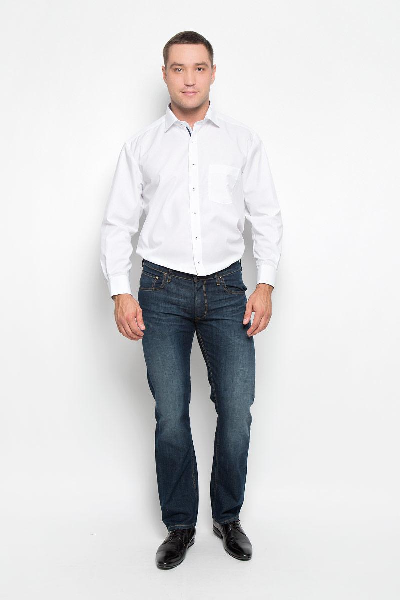 Рубашка мужская Eterna, цвет: белый. 8500_00_X37R_38-46_59. Размер 418500_00_X37R_38-46_59Стильная мужская рубашка Eterna, выполненная из натурального хлопка, подчеркнет ваш уникальный стиль и поможет создать оригинальный образ. Такой материал великолепно пропускает воздух, обеспечивая необходимую вентиляцию, а также обладает высокой гигроскопичностью. Рубашка с длинными рукавами и отложным воротником застегивается на пуговицы спереди. Манжеты рукавов также застегиваются на пуговицы. Изделие дополнено накладным нагрудным карманом. Классическая рубашка - превосходный вариант для базового мужского гардероба и отличное решение на каждый день.Такая рубашка будет дарить вам комфорт в течение всего дня и послужит замечательным дополнением к вашему гардеробу.